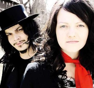 white_stripes_wideweb__470x365